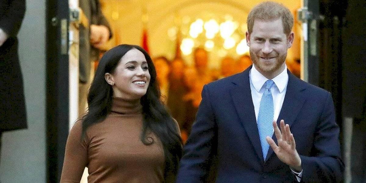 Príncipe Harry y Meghan Markle volverían a Inglaterra para renegociar su papel en la familia real