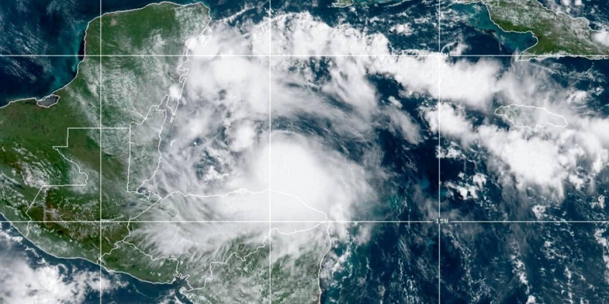 Tormenta tropical Nana se encamina a Belice