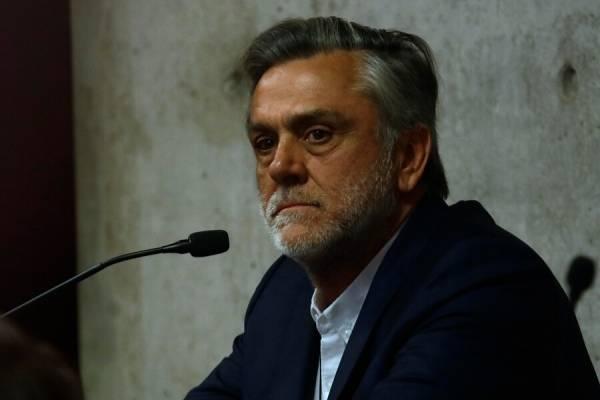 Longueira se queda con las ganas: no podrá ser constituyente ni presidente de la UDI