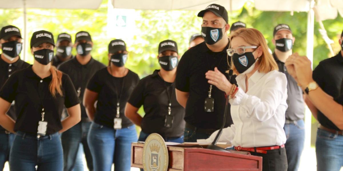 Juramentan 18 nuevos cadetes de la Policía Municipal de San Juan