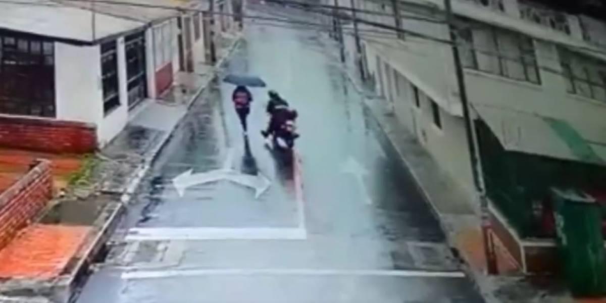 (VIDEO) Denuncian abusador sexual que se pasea en moto en Bogotá