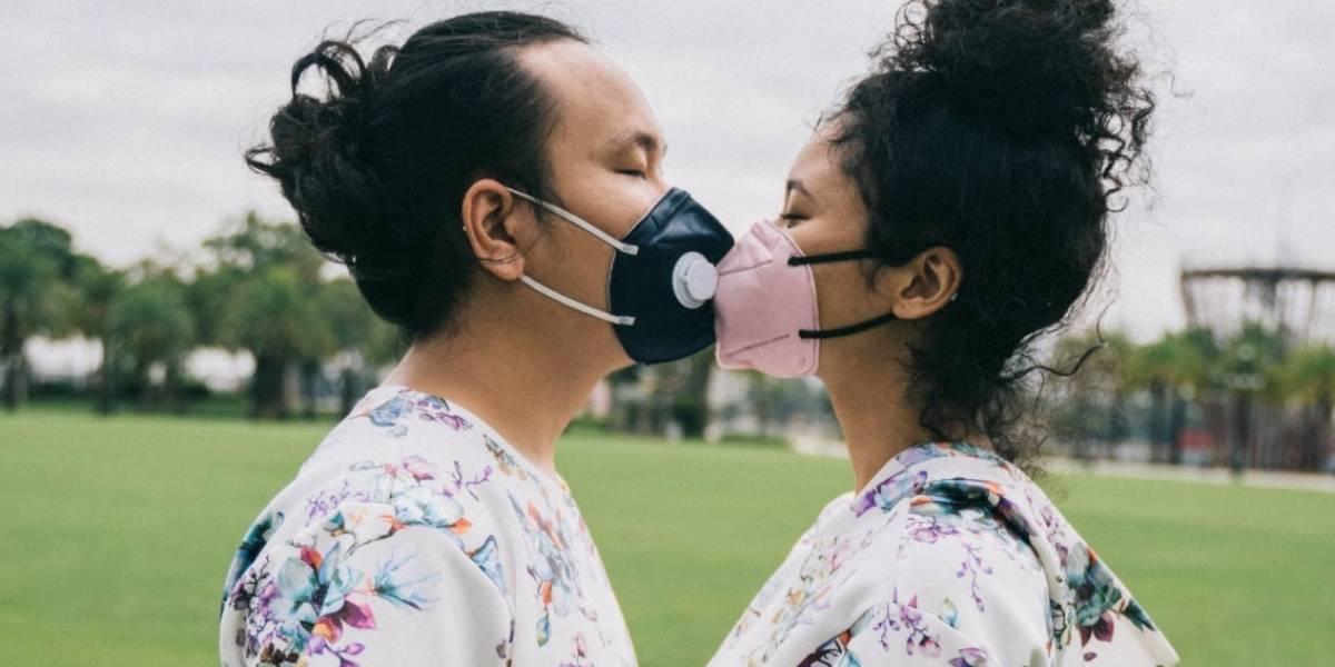 Relaciones sexuales, sin besos y con mascarilla: la petición de la máxima autoridad sanitaria de Canadá