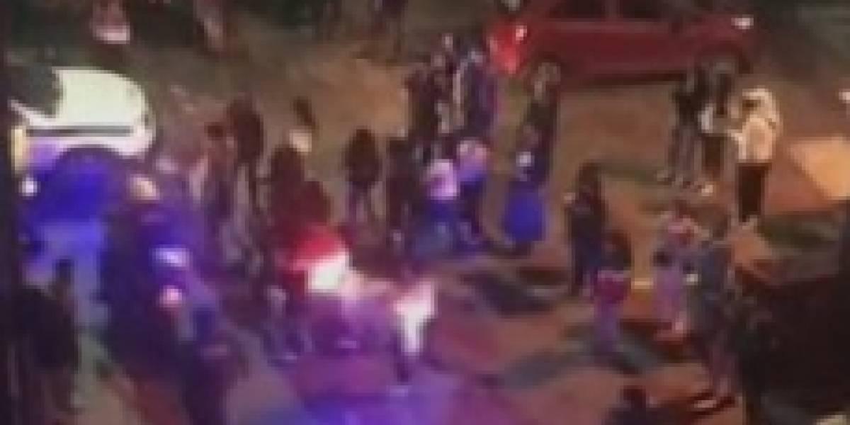 Batalla campal entre hinchas de Millonarios y Santa Fe provocó arresto masivo