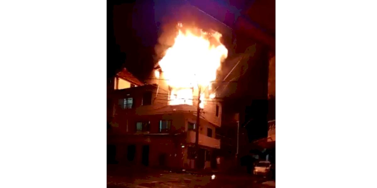 Abrazados, así murieron una mujer y su sobrino en un voraz incendio