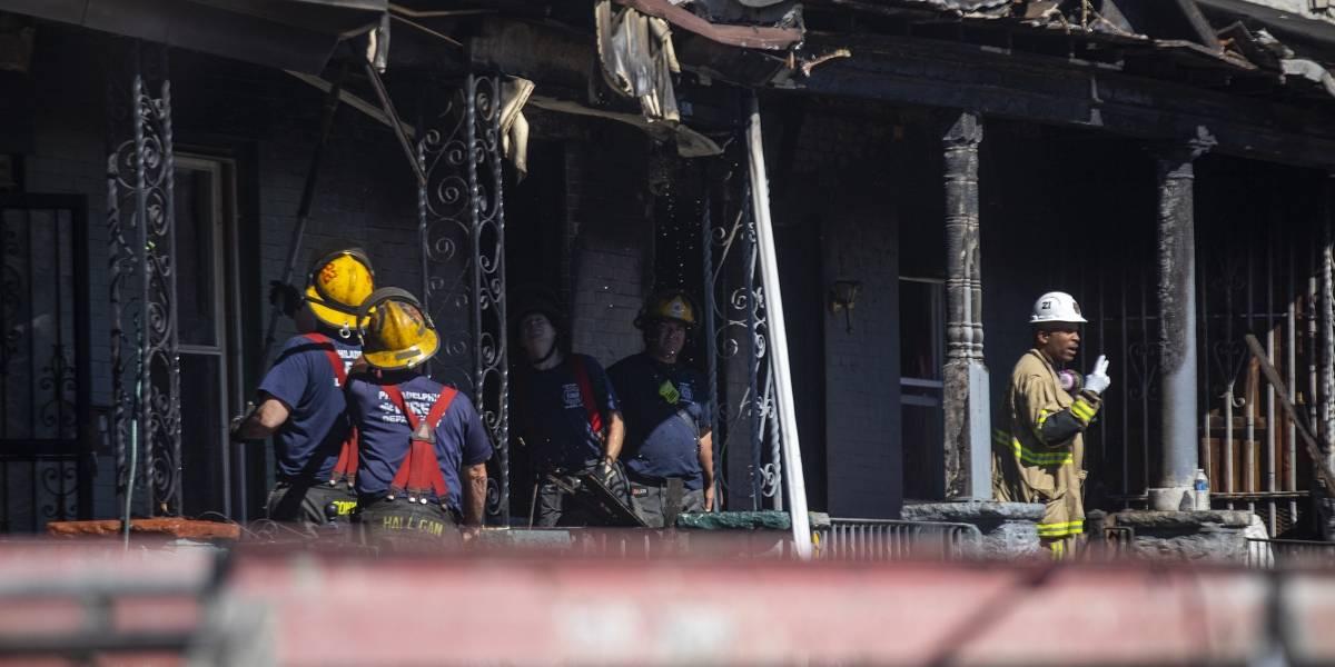 Incendio en Filadelfia mata a madre y 3 niños