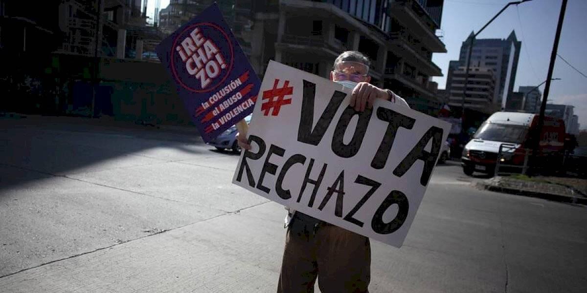 Jefatura de la Defensa Nacional descartó haber autorizado marchas en la Región Metropolitana