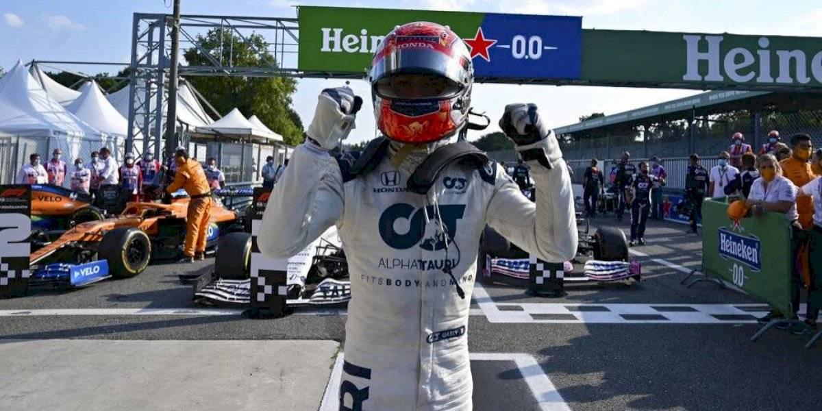 Hamilton aplastó en Bélgica y se escapa en el campeonato