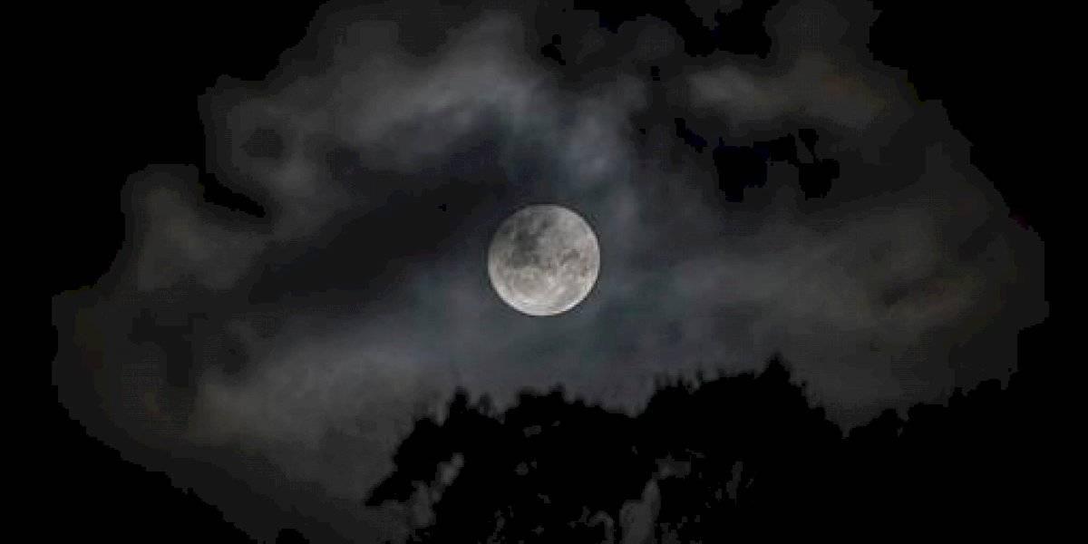 Descubren que la Tierra oxida a la Luna, ¿por qué ocurre esto?