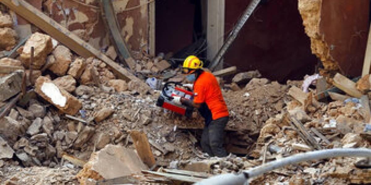 """Pese al esfuerzo de los """"Topos"""" y el perro Flash: fracasó la búsqueda de víctimas en edificio de Beirut"""