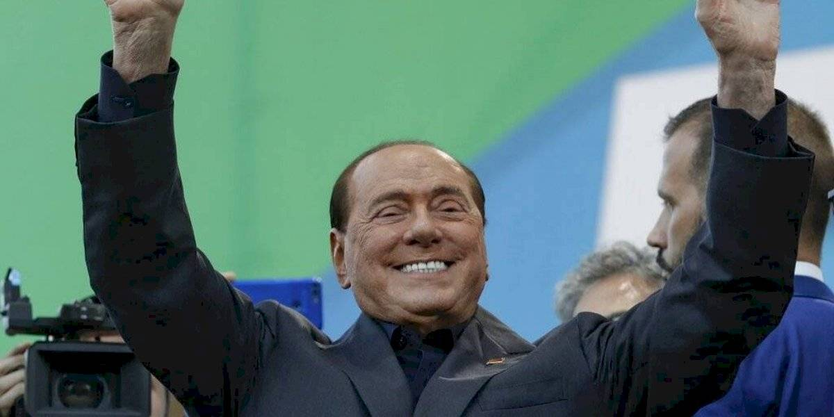 Berlusconi, ingresado con coronavirus, se encuentran en fase delicada