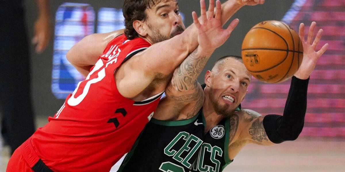 Celtics de Boston dominan a los Raptors se colocan a uno de ganar la serie