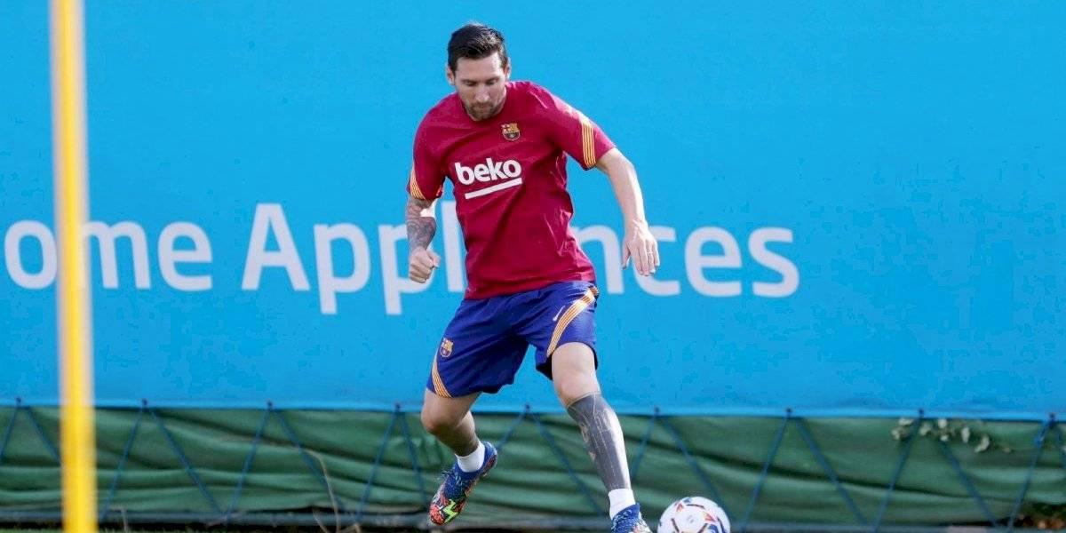 Borrón y cuenta nueva: Lionel Messi entrenó en solitario en su retorno al Barcelona