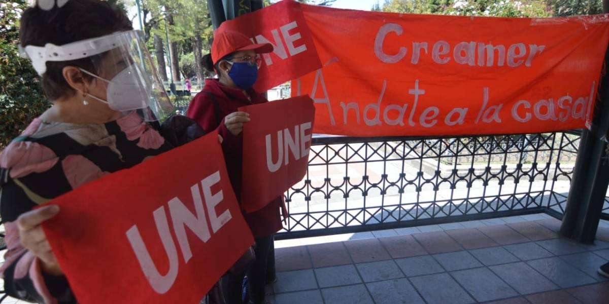 Maestros aportaron durante la pandemia con 159 millones de dólares, según presidente de la UNE en Cuenca