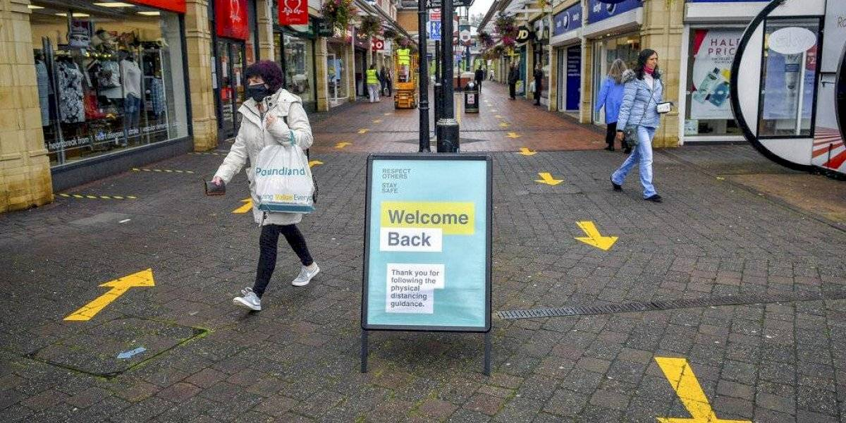 Preocupa fuerte aumento de casos nuevos COVID-19 en Reino Unido