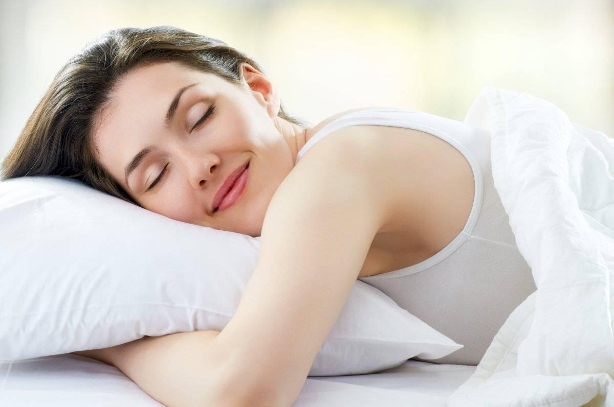 Un buen sueño calma la ansiedad y te hace tener más energía.