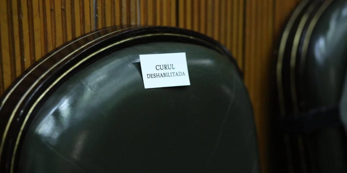 """Separan"" curules para evitar contagios entre diputados"