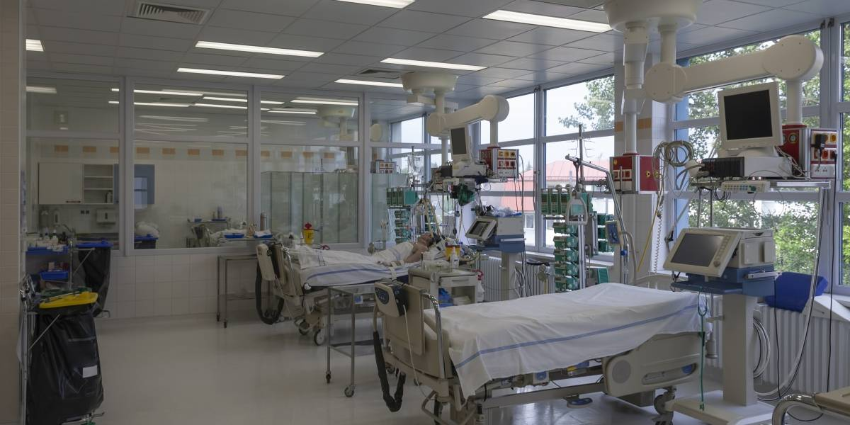 Aumentan las hospitalizaciones por COVID-19 de menores en P. R.