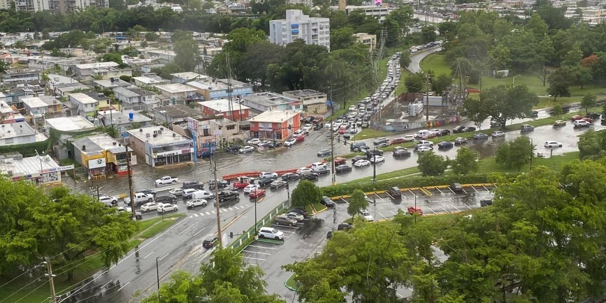 FOTOS: Se inunda parte de la avenida Piñero