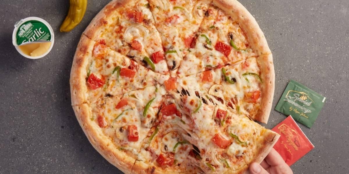 ¡Esta promoción es para ti, amante de la pizza! Así podrás agrandarla y disfrutar de tu comida favorita