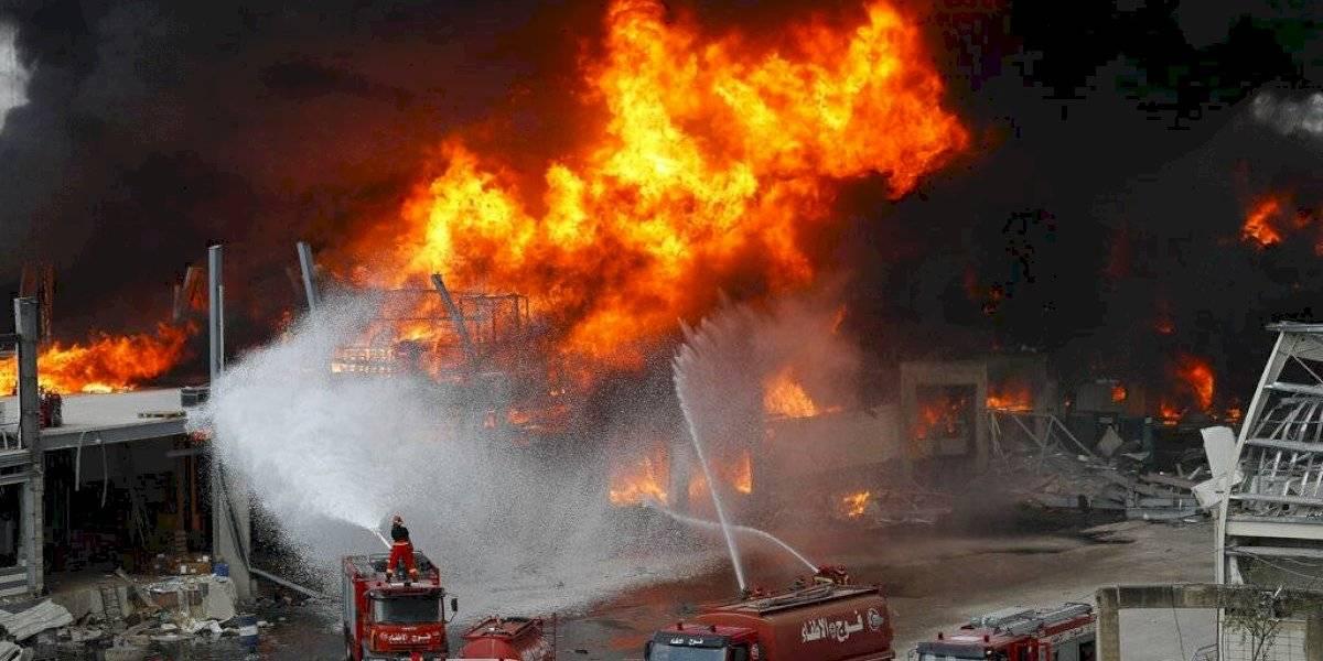 Estalla incendio en un puerto de Beirut