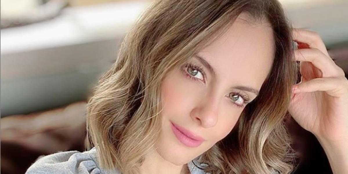 La sensual pinta de Laura Acuña que dejó al descubierto sus atributos