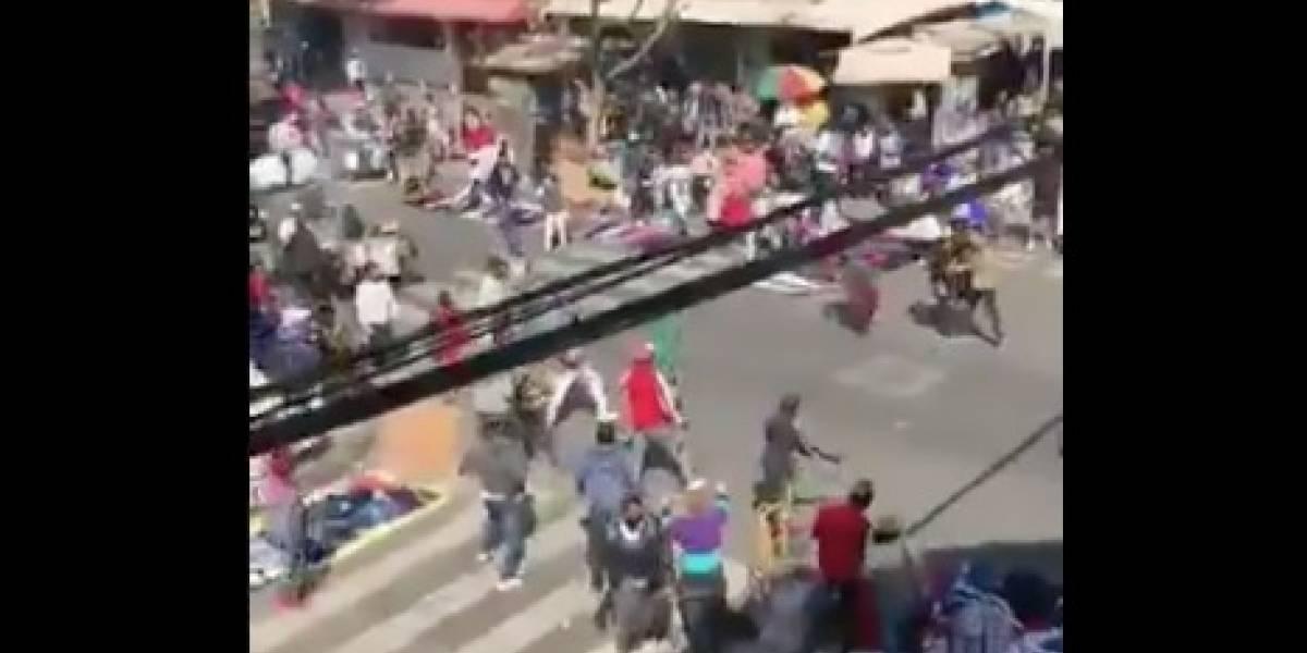 Descontrol en Meiggs: registran violenta pelea con sables entre vendedores ambulantes