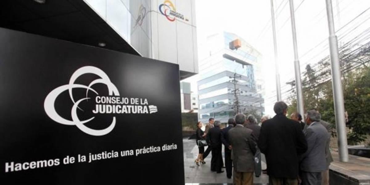 Nueva denuncia de falsos carnés de discapacidad involucra a servidores judiciales