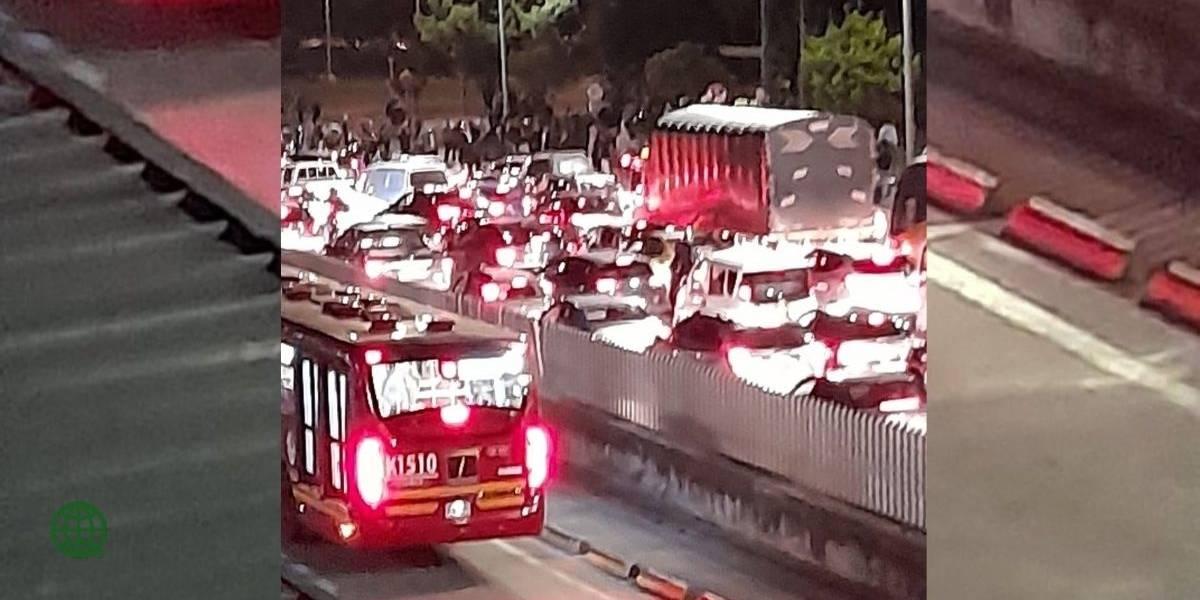Cancelan la operación de TransMilenio en el Portal Norte por protestas