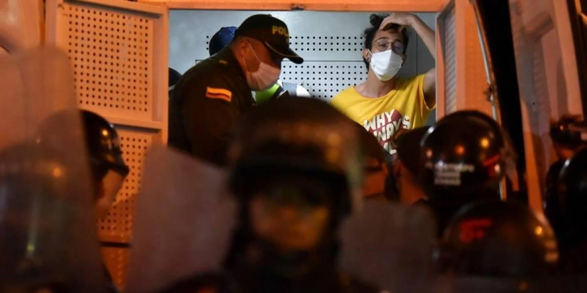 Colombia: Siete muertos en noche violenta en protestas contra la Policía