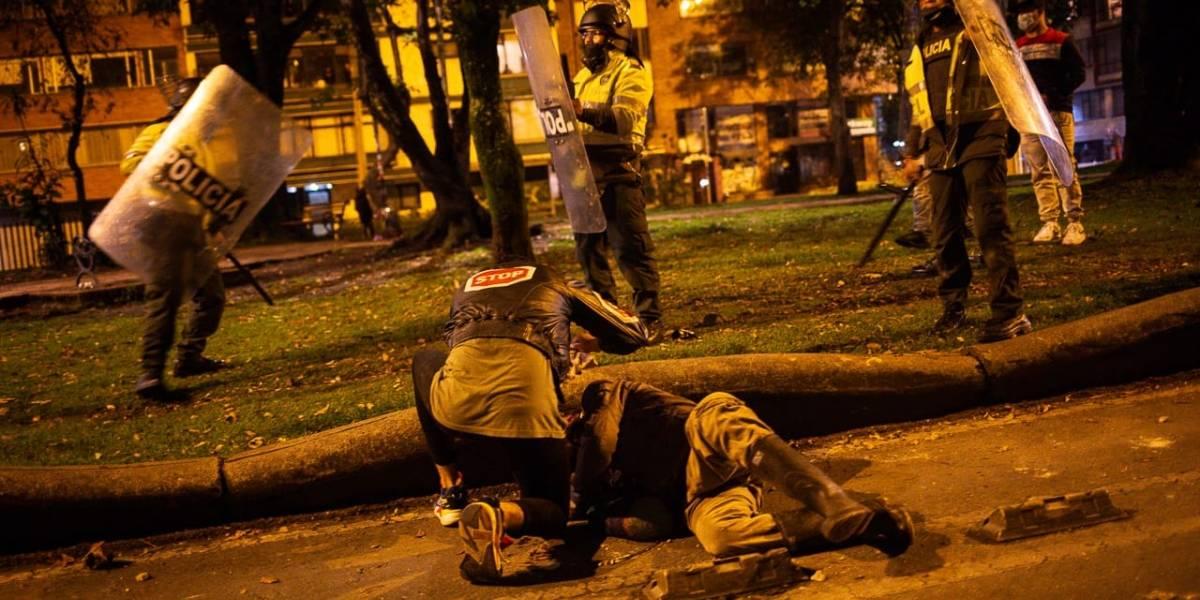 Tercera noche de disturbios en Bogotá: se agudizan los enfrentamientos en el centro de la capital