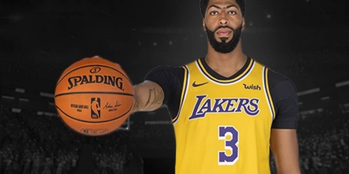 El curioso momento de Anthony Davis en la conferencia de prensa de los Lakers