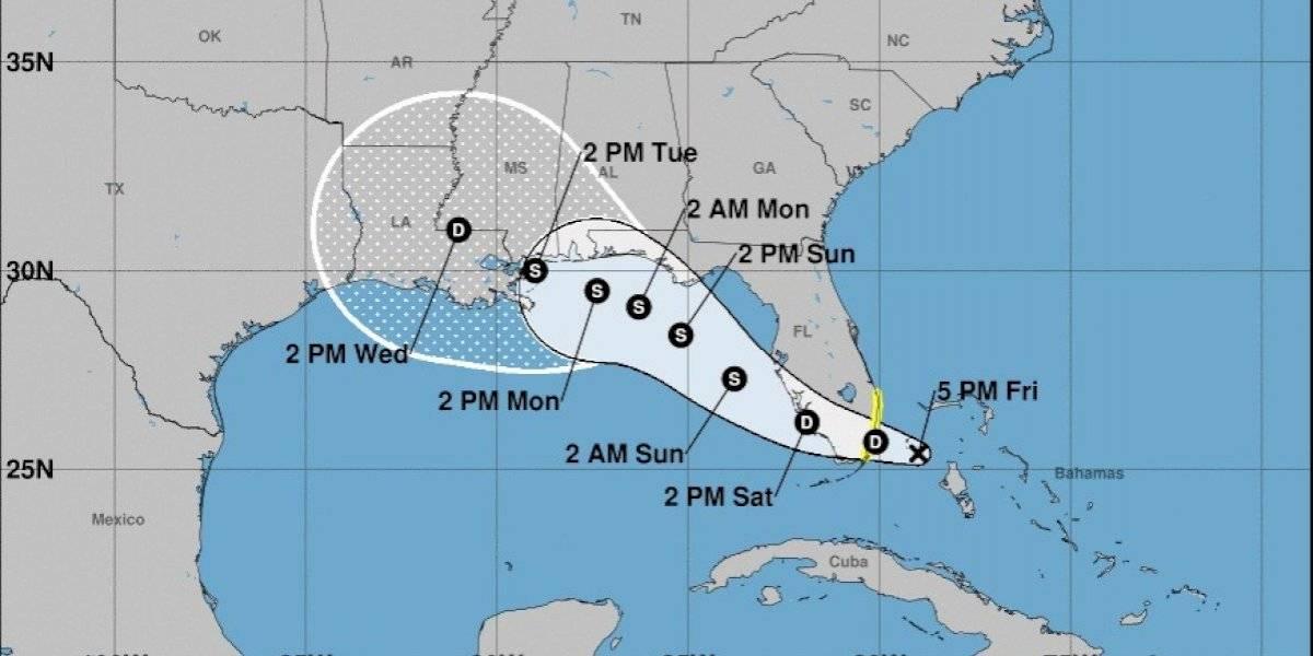 Se forma la depresión tropical 19 y pronostican pasará sobre el sur de la Florida mañana