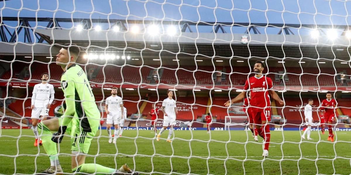 Leeds de Bielsa no pudo ante Liverpool y cayó en la agonía en su estreno en la Premier League