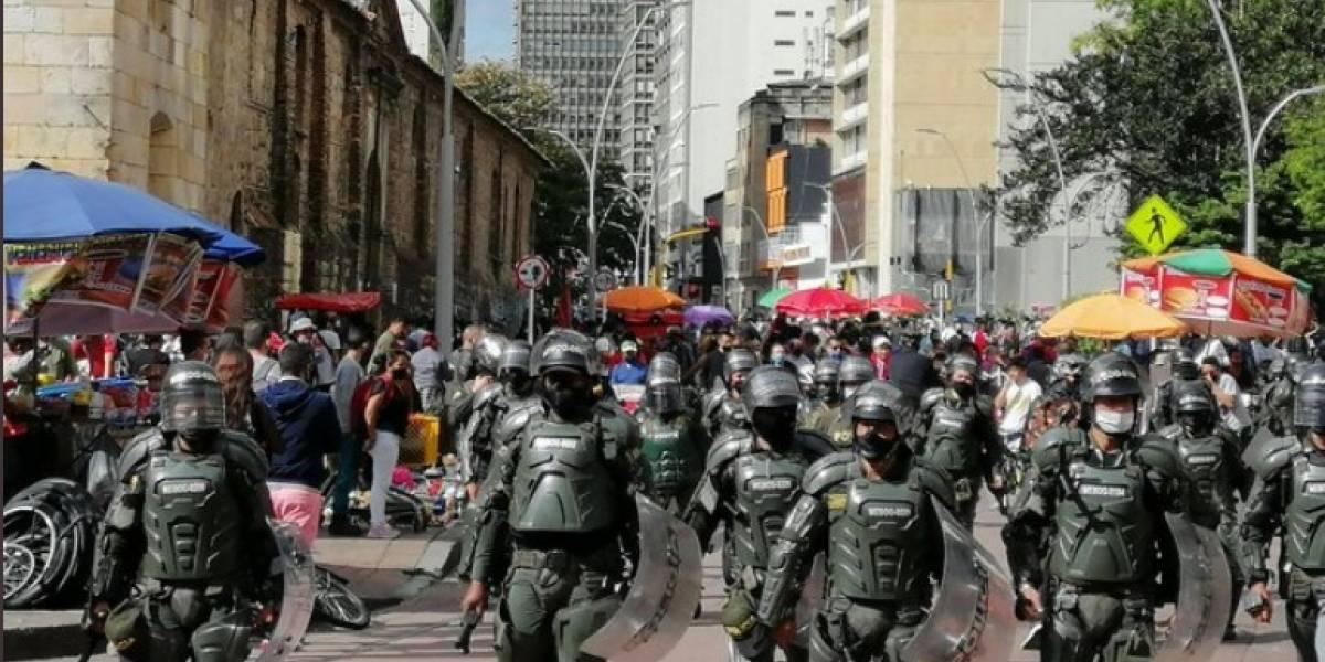 ¡ATENCIÓN! Por manifestaciones, TransMilenio cierra estación de Eje Ambiental