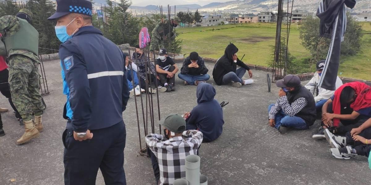 Clausuran fiesta clandestina en el sur de Quito a horas que termine el estado de excepción