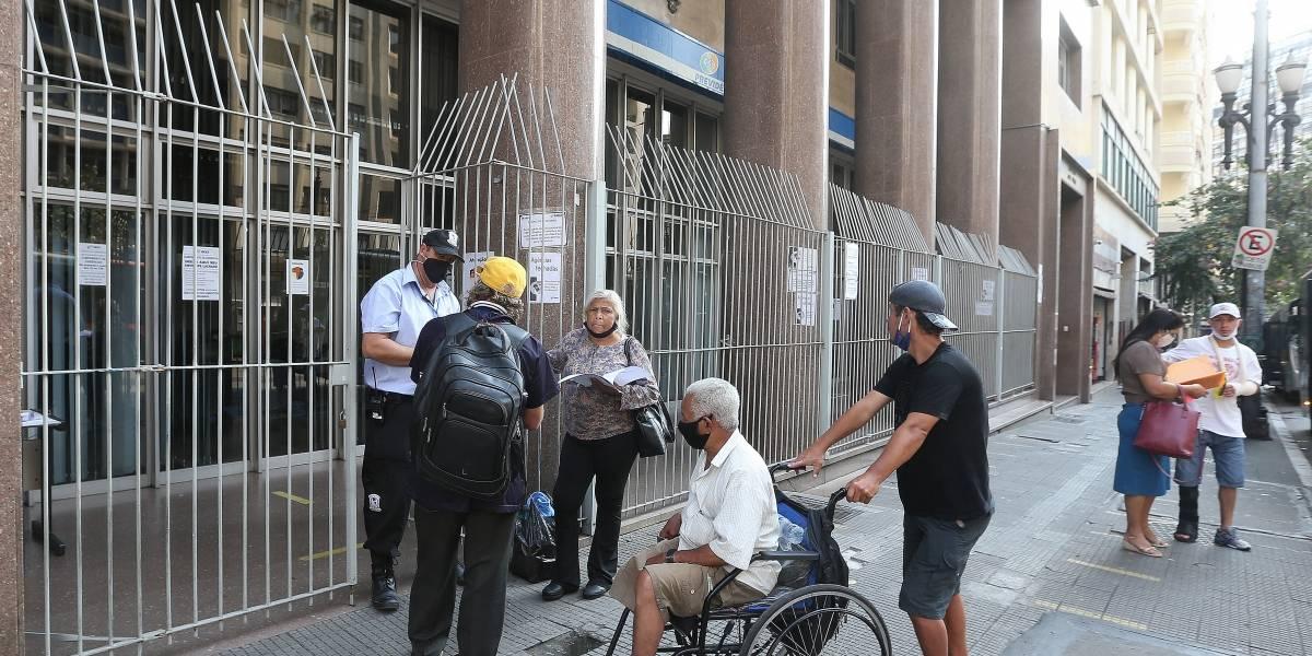 Justiça libera reabertura de agências do INSS; instituto decidirá quais seguem fechadas