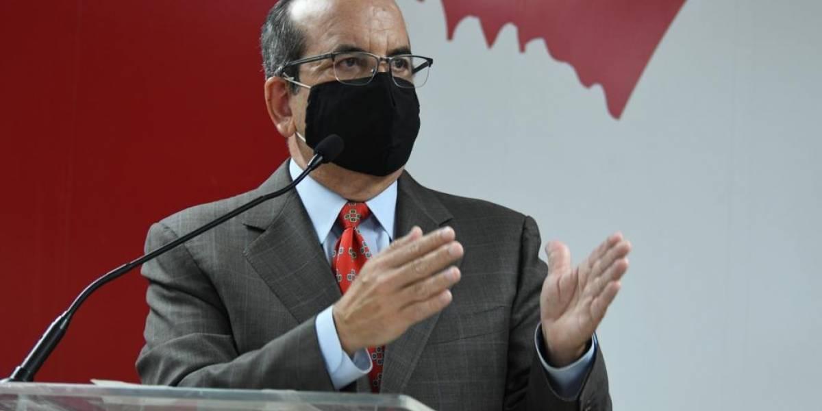 Acevedo Vilá se distancia de Jenniffer González sobre desarrollo de industria farmacéutica