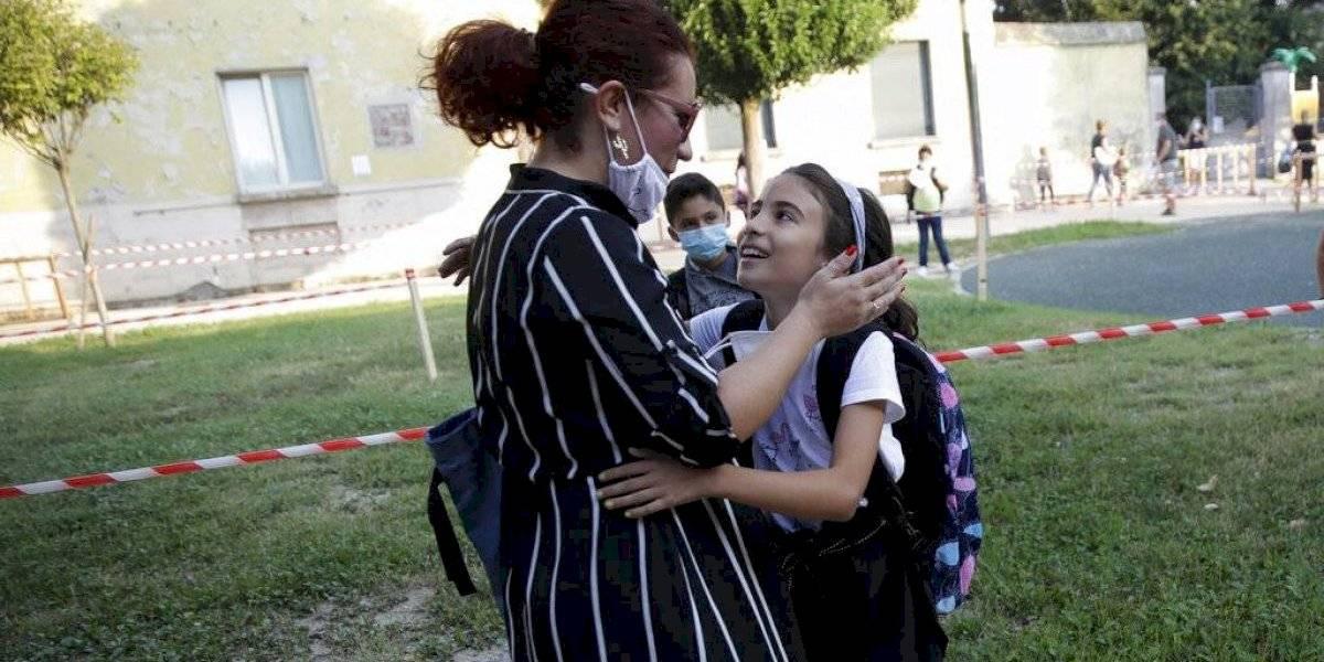 Reabren escuelas en ciudad italiana azotada por coronavirus