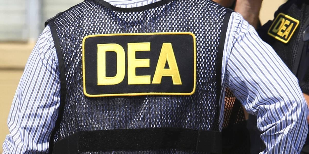 Agente de la DEA admite confabulación con cártel colombiano que juró combatir