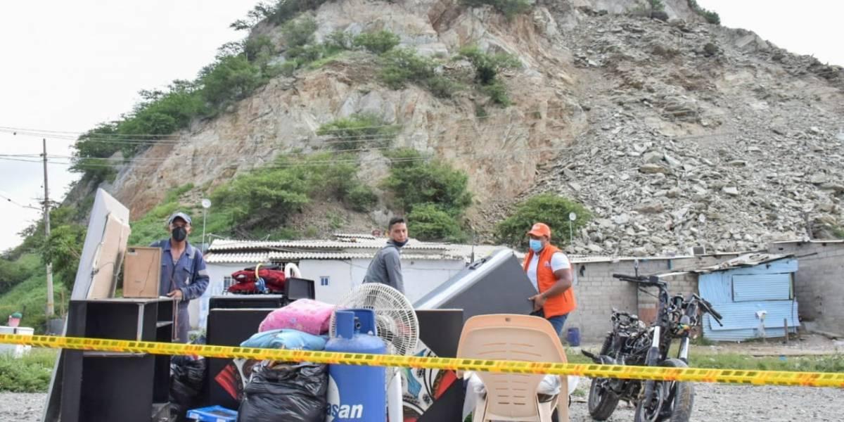 Deslizamientos en un cerro dejaron más de 150 damnificados en Santa Marta