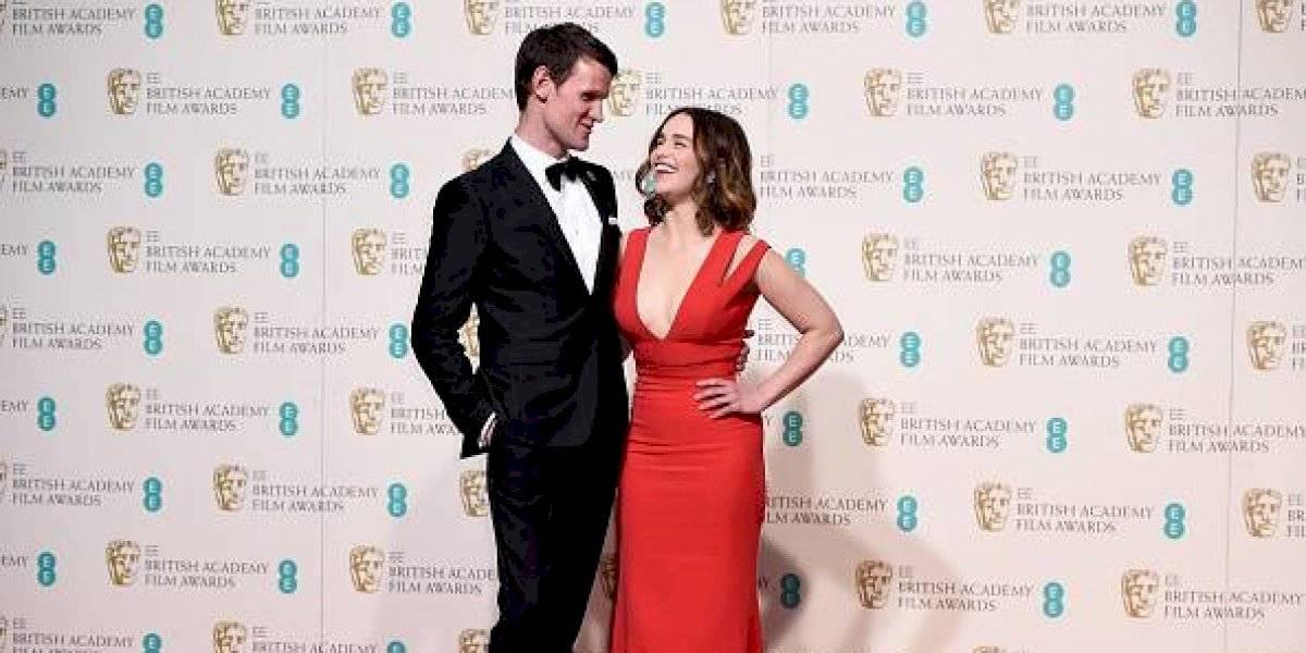 """¿Nuevo romance en Hollywood? Captan a Emilia Clarke paseando en Londres con actor de """"The Crown"""""""