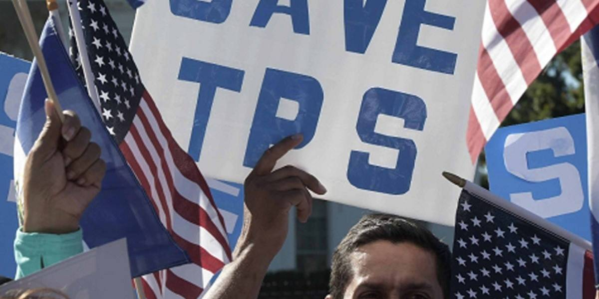 ¿Por qué el fin del TPS perjudica a 300 mil migrantes y a EU?