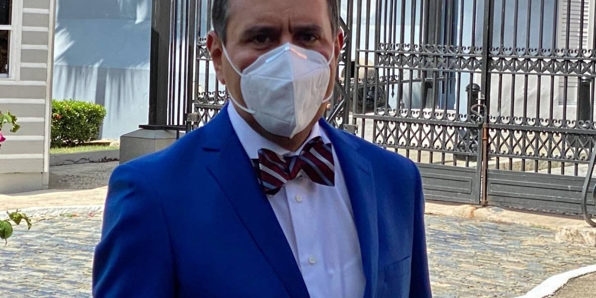 Alcalde de San Lorenzo retoma sus labores tras tratamiento por cáncer