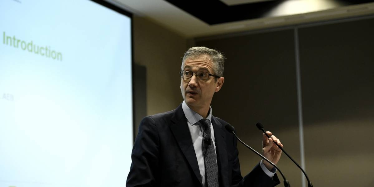 Economía.- Hernández de Cos recibe al presidente de CAF tras renovar el acuerdo de cooperación