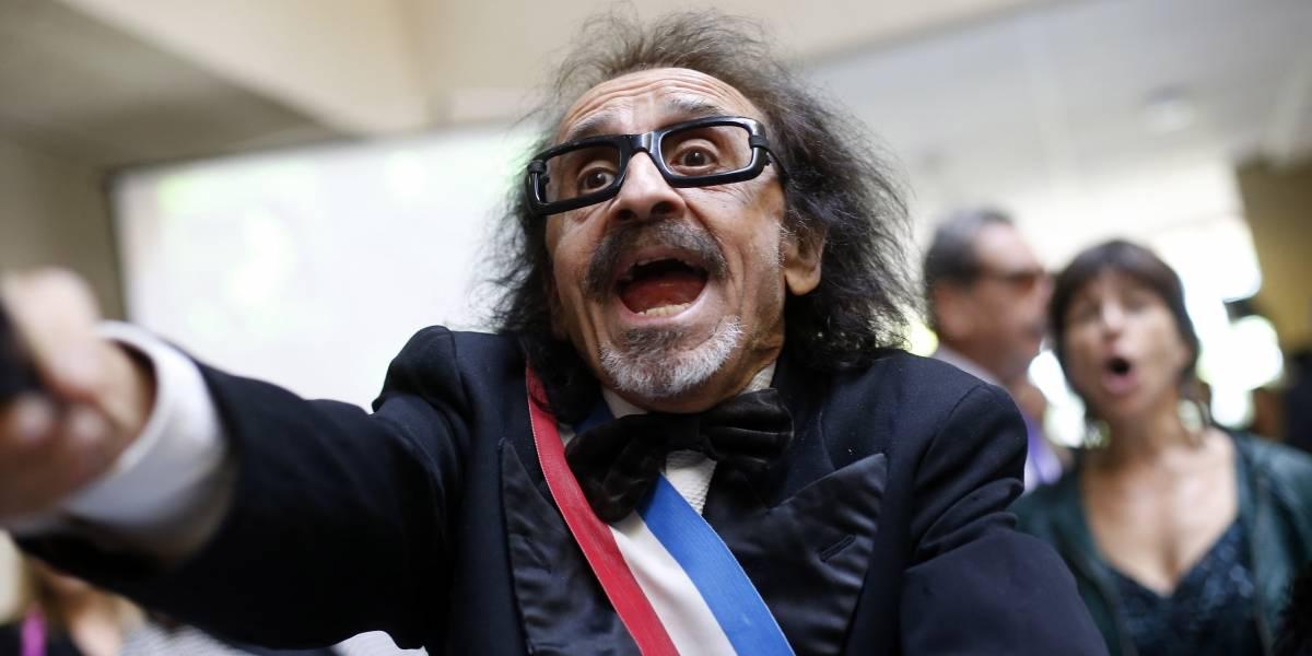"""La """"receta"""" tóxica del diputado Florcita Alarcón contra el covid-19"""