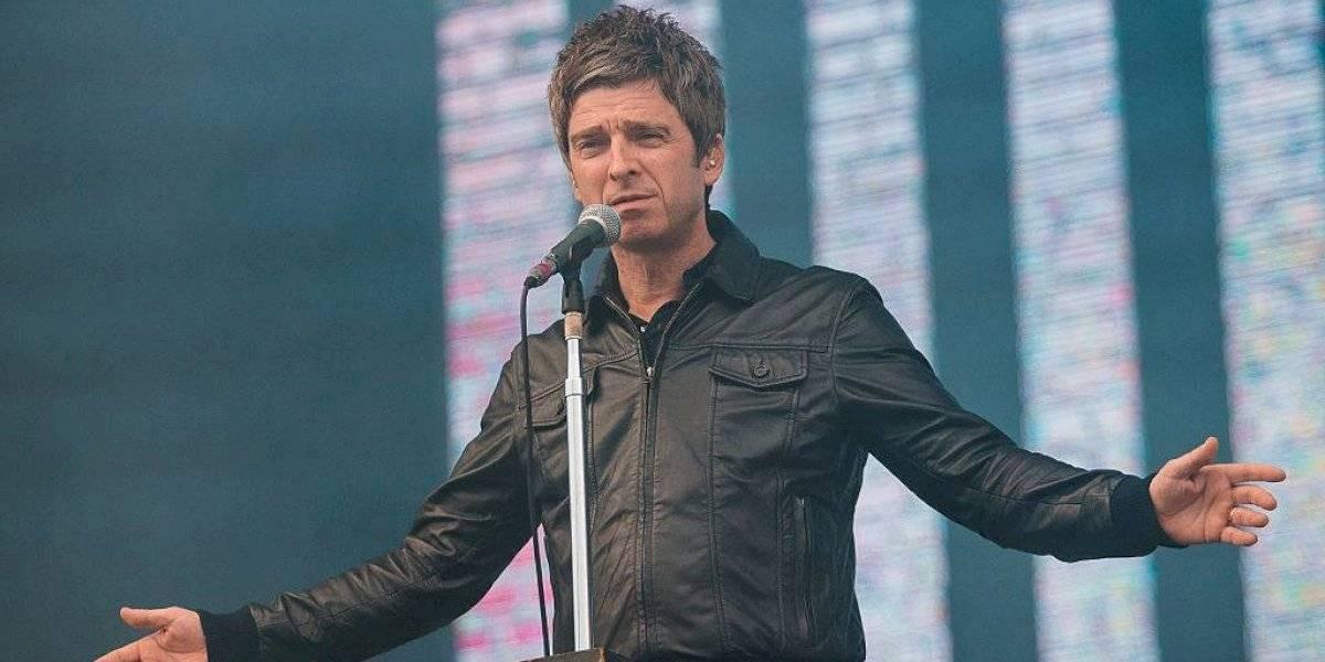 """Noel Gallagher contra el uso de mascarilla: """"Me importa una mierda. Elijo no usarla y si contraigo el virus, lo tengo yo"""""""