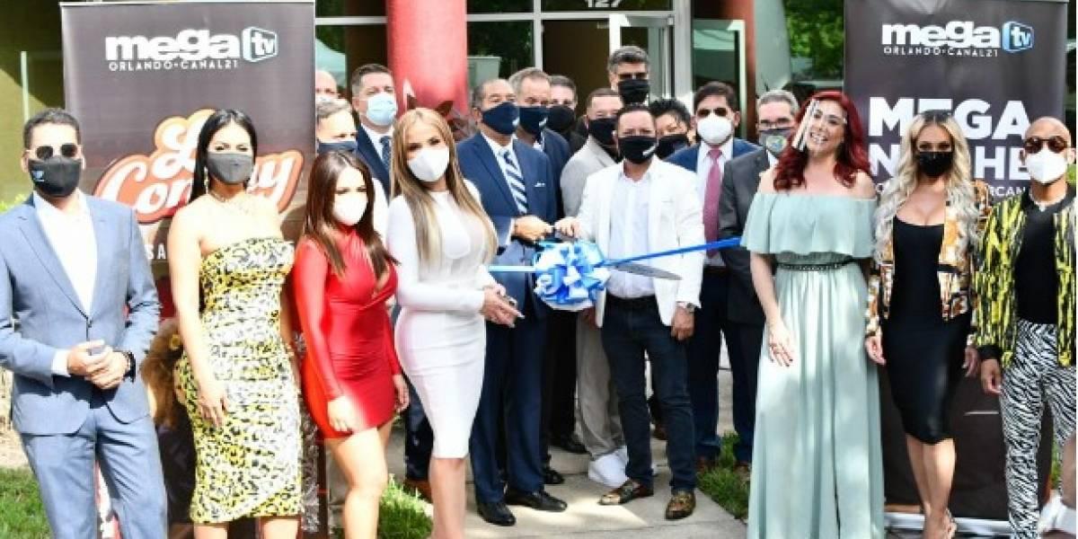 Mega TV abre puente en Orlando