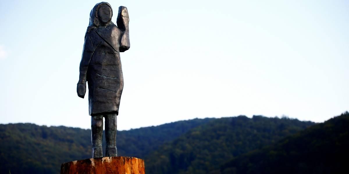 Presentan nueva estatua de Melania Trump en Eslovenia