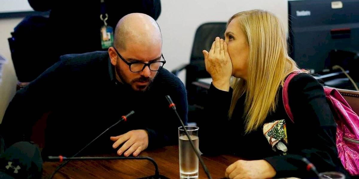 "Pamela Jiles critica a Giorgio Jackson y el diputado le pide ""no difundir fake news"""
