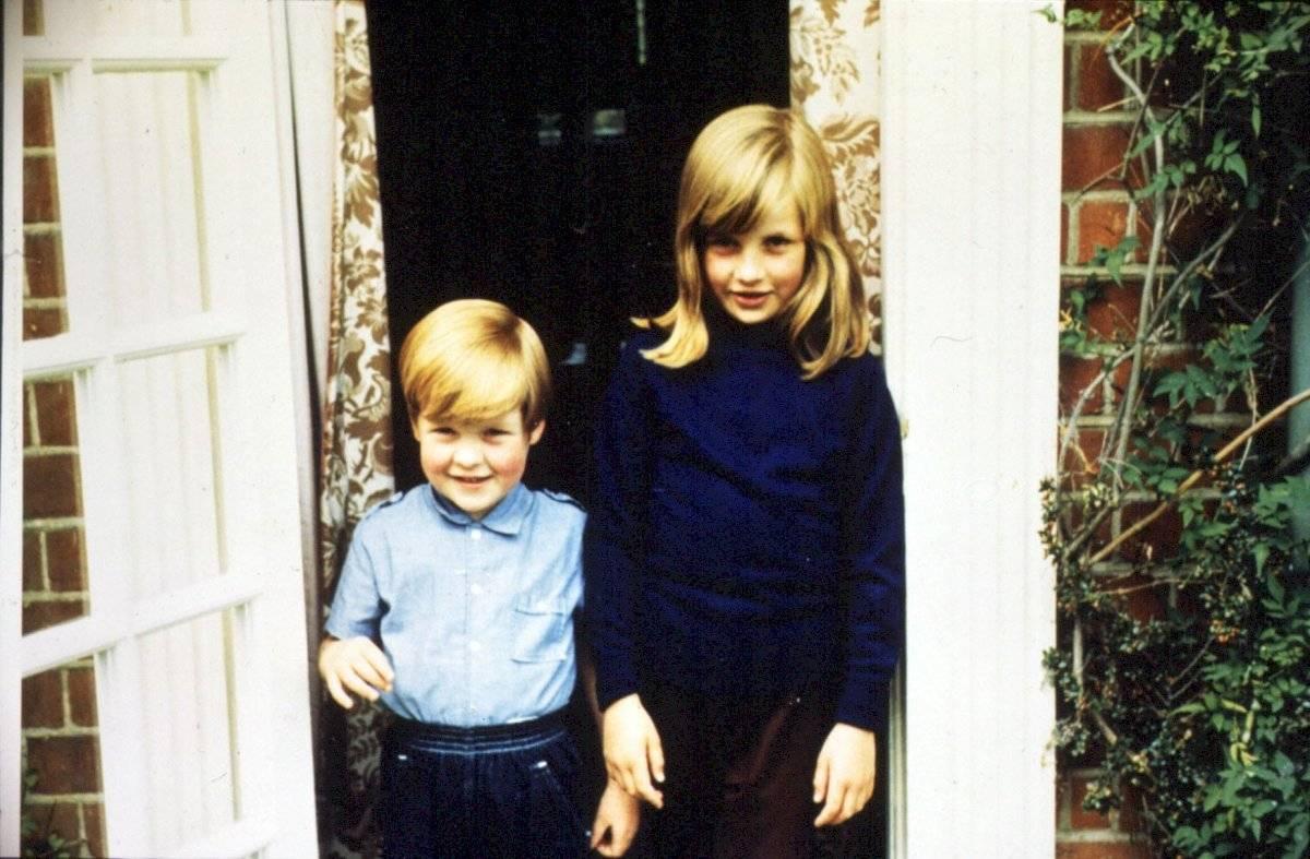 Charles y Diana Spencer de niños